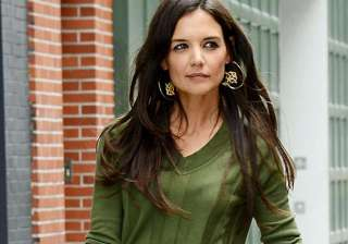 katie holmes quits fashion designing - India TV
