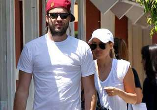 lauren conrad engaged to william tell - India TV