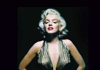 marilyn monroe spent her last night with mafia...