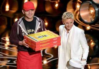 oscars pizza delivery guy gets 1 000 as tip -...