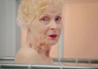 vivienne westwood doesn t take shower - India TV