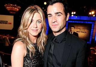 jennifer aniston justin theroux reunite for lunch...