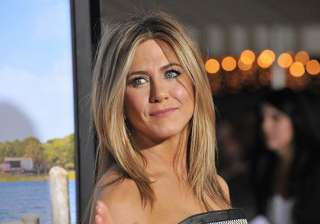 jennifer aniston sees confidence coach - India TV