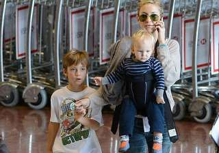 being with kids a luxury for kate hudson - India...