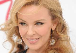 kylie minogue struggles with commitment - India TV