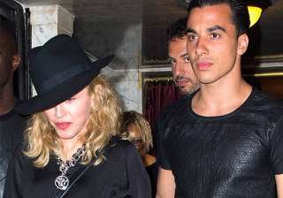 is madonna dating 26 year old choreographer -...