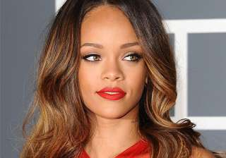rihanna thrilled to become new aunt - India TV