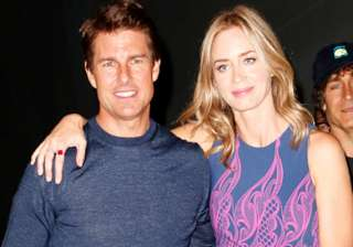 don t be wuss tom cruise once told emily blunt -...