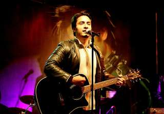 i m dying to perform in india says pak singer ali...