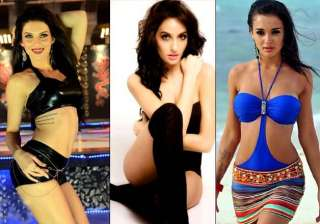 hot foreign babes making a splash in southern...