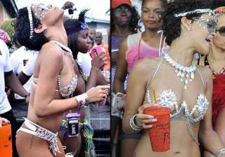 rihanna s dirty dance in pics - India TV
