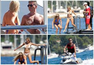 simon cowell s day out with 5 blondes - India TV