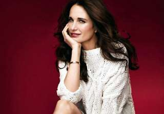 andie macdowell loves to experiment with her...