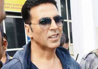 akshay kumar launches campaign to end poverty...