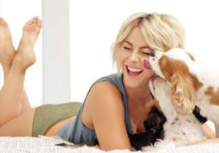 julianne hough uses baby oil for beauty - India TV