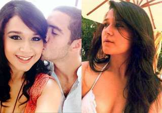 krishna shroff posts kissing selfie with...
