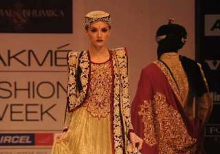 lakme fashion week shifts venue to new hotel -...