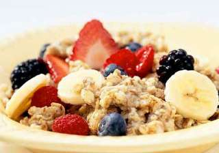 instant oatmeal in breakfast manages hunger...