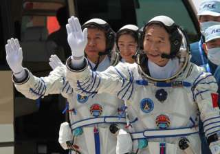 china s first woman astronaut successfully soars...