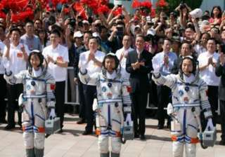 chinese astronauts successfully complete first...
