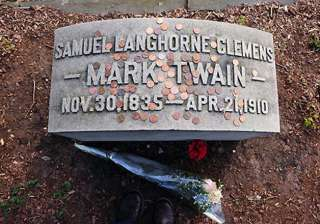 mark twain plaque stolen from monument at new...