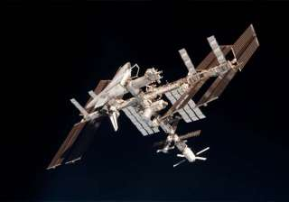 boeing spacex to offer cheaper iss crew rides -...