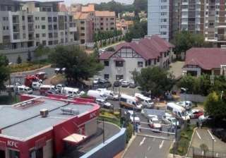 shots fired in johannesburg mall several injured...