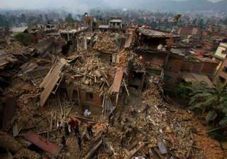 nepal earthquake over 300 australians still...