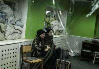 ukraine and rebels both claim to control donetsk...