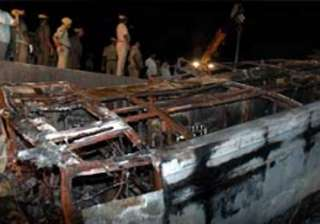 indian among 10 killed in nepal micro bus...