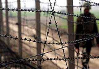 iran building fence on pak border - India TV