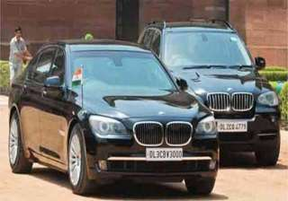 narendra modi travelled in his armoured bmw in...