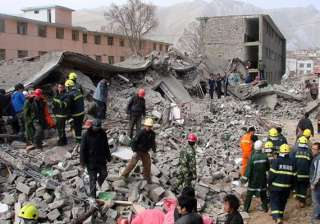 two killed 100 injured as moderate quake jolts...