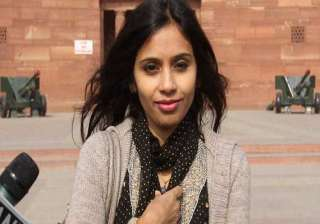 us court dismisses devyani s indictment in visa...