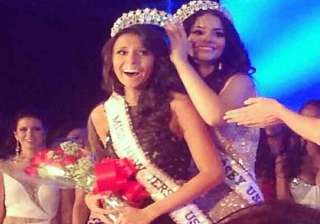 watch indian american emily shah win miss new...