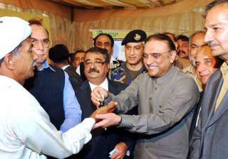zardari hints at opening of indo pak border trade...