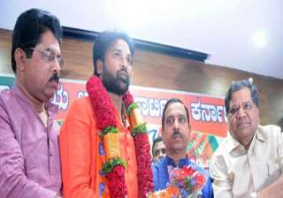 bsr congress chief b sriramulu rejoins bjp -...