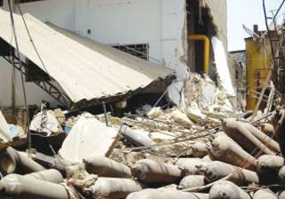 cylinder explosion in factory seven injured -...