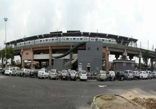delhi metro parking lots to remain closed for 24...