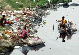 delhi government project to clean up yamuna river...