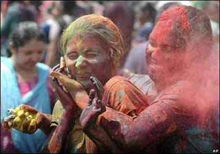 delhi sex workers celebrate holi with kheer...
