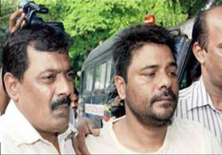 deported bunty pandey sent to 2 days police...