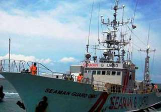 detained us ship will not move until probe is...