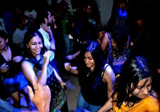 extended nightlife comes into effect in bangalore...