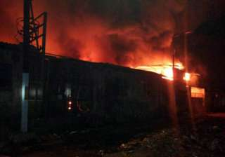 fire guts dyeing factory in bhiwandi - India TV