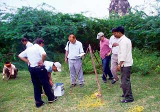 gold treasure hunt asi digging continues in up...