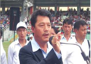 gurung hits back at mamata on deadline threatens...