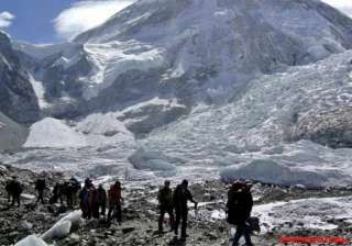 20 indian mountaineers stuck at 18k ft...