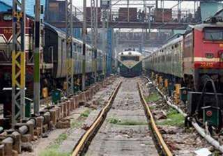 three youth run over by train in mathura - India...