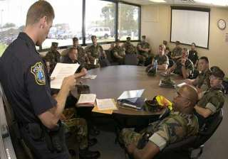 100 us security personnel for obama protection in...